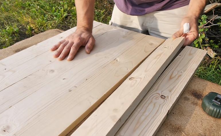 Раскладывание заготовок с учетом фактуры древесины