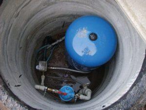 Защитите скважину от загрязнения и попадания поверхностных вод