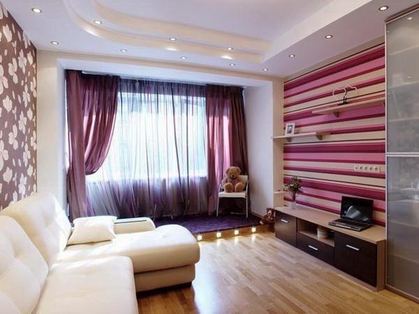 Горизонтальные полоски сделают комнату шире