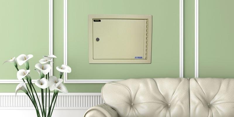 Для установки в стену предназначены специализированные — встраиваемые сейфы