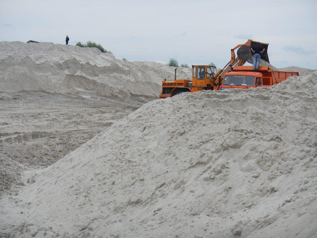 Как добывается речной песок