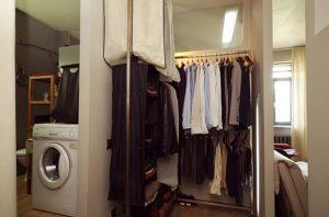 Мебель, облицовочный материал соответствуют духу лофта