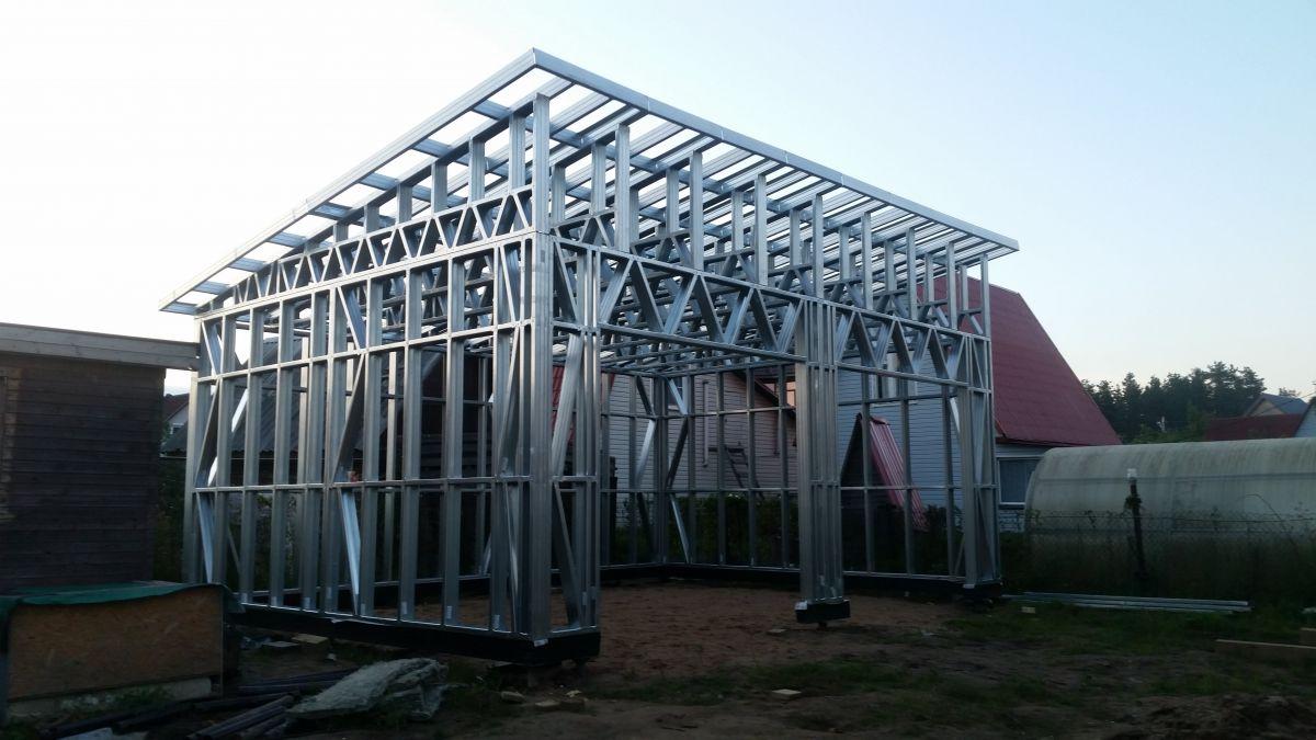 Стоимость каркасного гаража существенно ниже строения из традиционных материалов