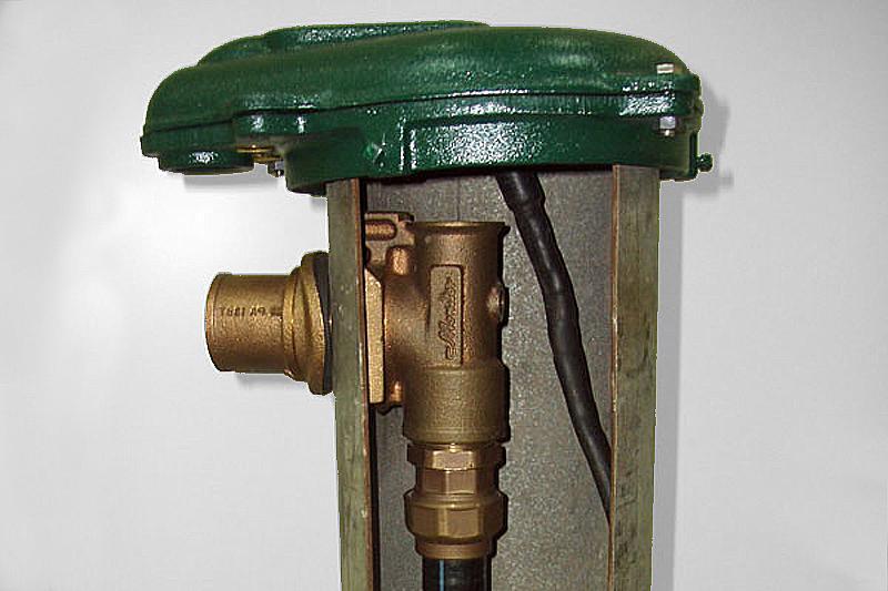 Фото скважинного адаптера в разрезе трубы