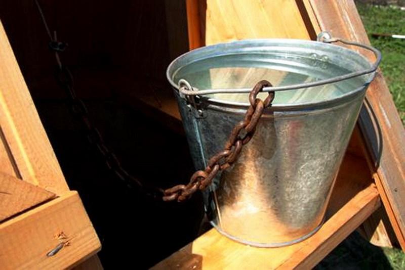 Эксплуатацию колодца можно начинать спустя сутки после обустройства донного фильтра