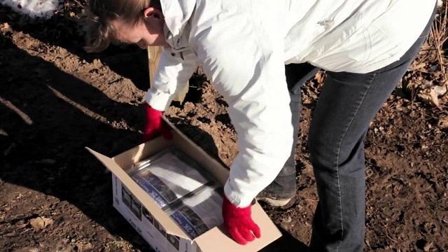Весь необходимый материал для укрепления целого ряда столбов может уместиться в одной-двух коробках