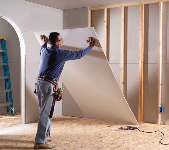 Как правильно монтировать гипсокартон на стены