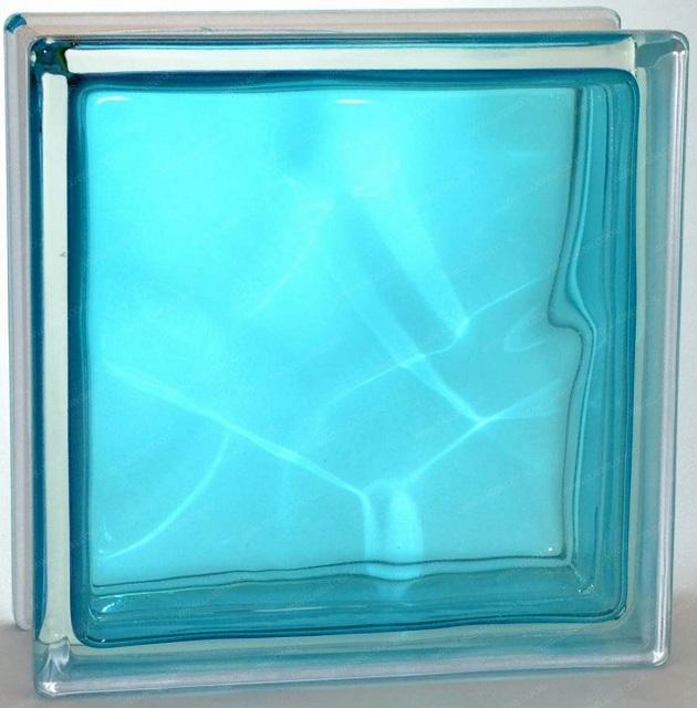 Блок, изготовленный из стекла, окрашенного в процессе плавления сырья.