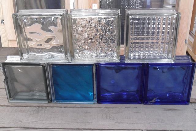 Блоки с разными фактурами поверхности