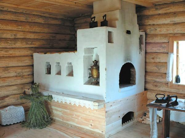 Отличие русской печи от помпейской в том, что ее используют в основном для обогрева помещения, а значит, она более «тяжелая» и при ее изготовлении применяют иные материалы