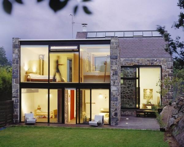 Из сарая или гаража можно сделать настоящий шедевр архитектуры