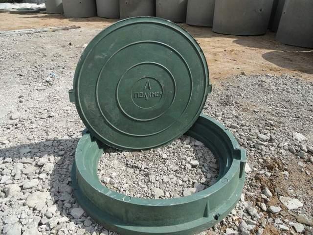 Пластиковый канализационный люк – этот размерный стандарт подходит для большинства комплектов колодцев.