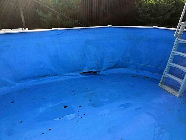 Повреждение, образовавшееся на шве водонепроницаемого материала, подлежит ремонту
