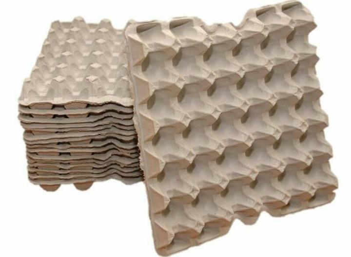 Яичный лоток — изделие из картона и бумаги, идеально подходящее для создания папье-маше