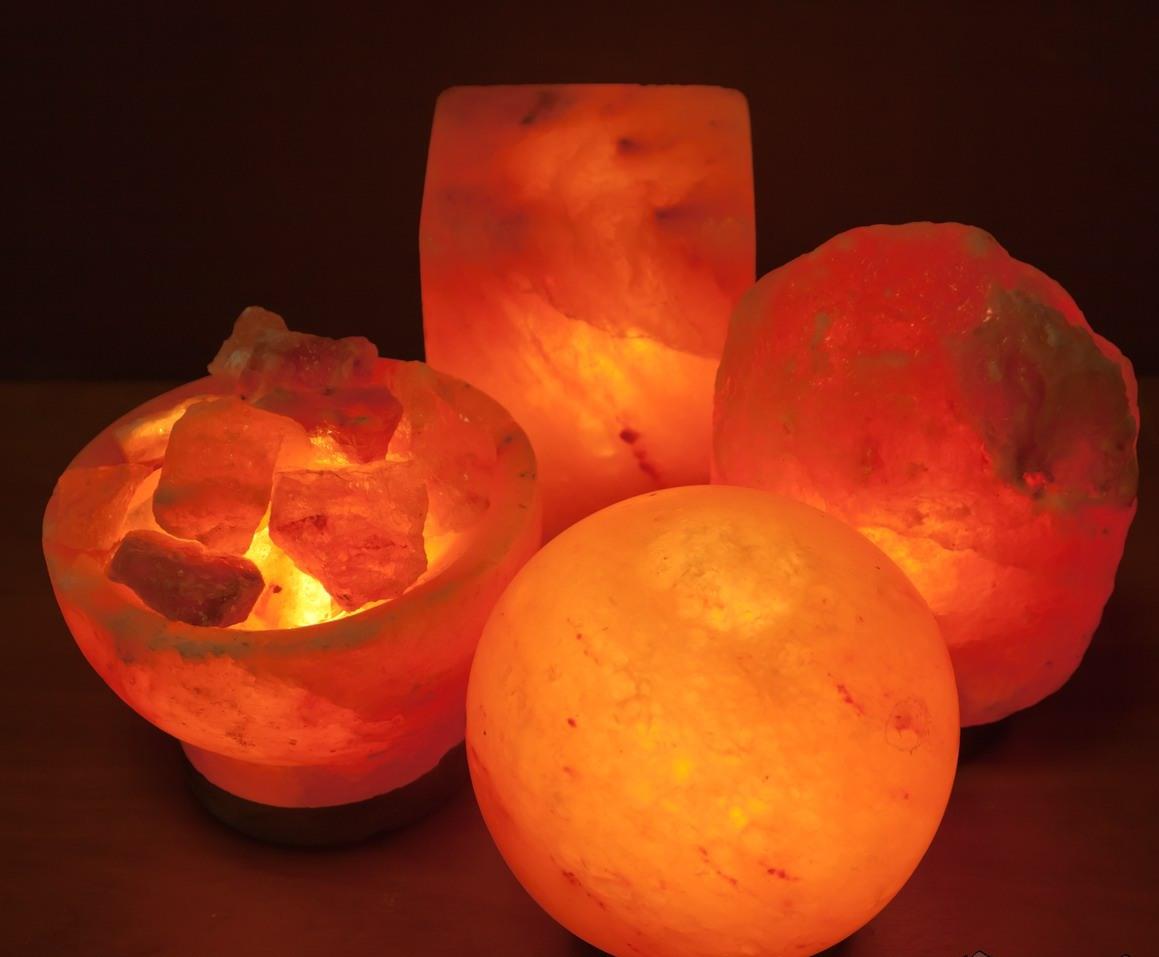 Солевой светильник — стильный и полезный аксессуар