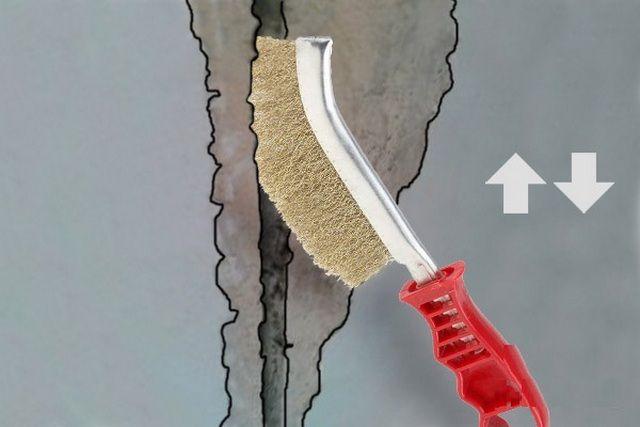 Очистка шва от пыли и фрагментов  старого раствора
