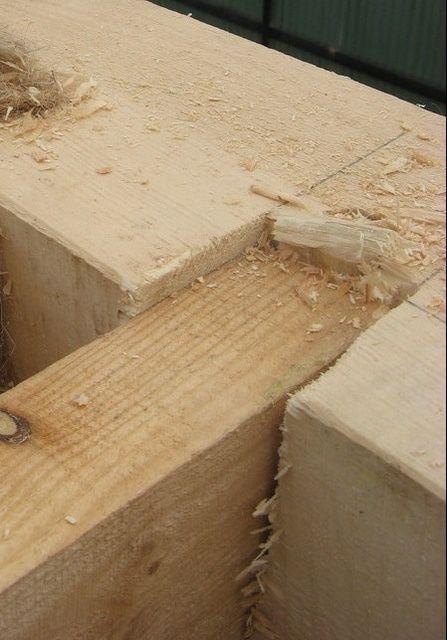 Пазовое соединение деревянных деталей