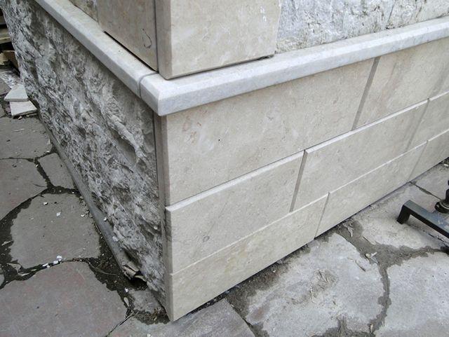 Отделка мраморными полированными панелями