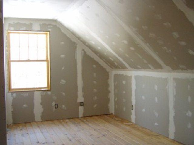 Для обшивки стен очень удобен гипсокартон