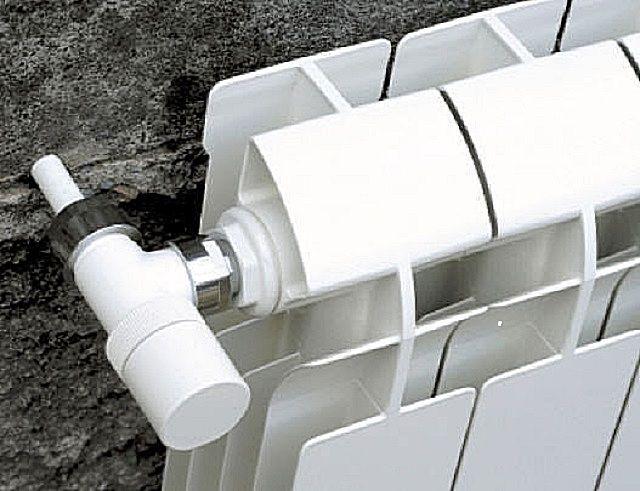 Встроенный термостат позволяет точно регулировать температуру в помещении
