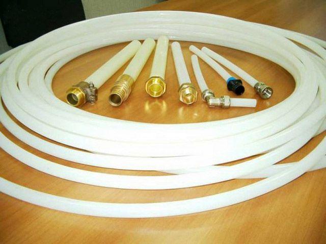 Металлопластиковые трубы с соединительными фитингами