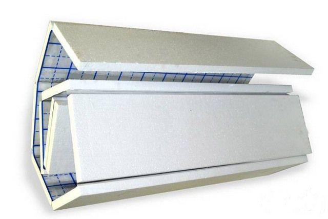 Плоские пенополистирольные маты с нанесенными линиями разметки