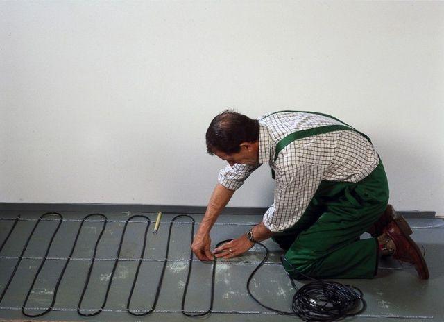 Укладка кабеля с помощью монтажных реек