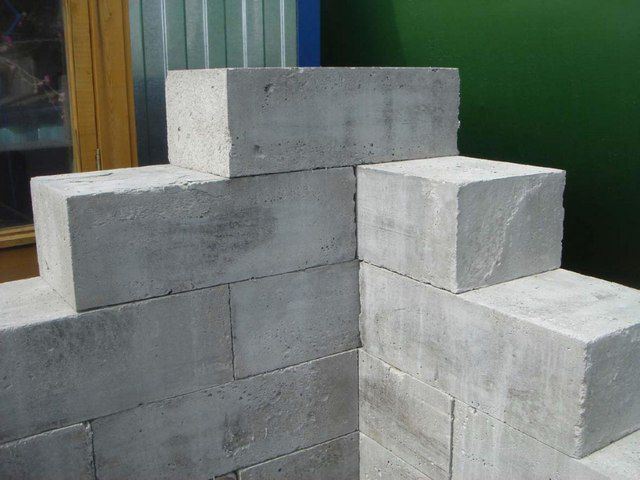 Примерная схема перевязки блоков при кладке стен