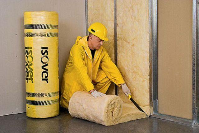 Использовать минеральную вату для внутреннего утепления стен следует с особой осмотрительностью