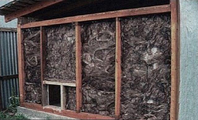 Как утеплить потолок в курятнике своими руками видео