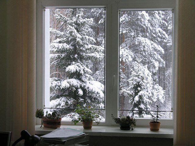 Качественные окна при грамотной установке хорошо удерживают тепло, но о полной термоизоляции говорить все же нельзя