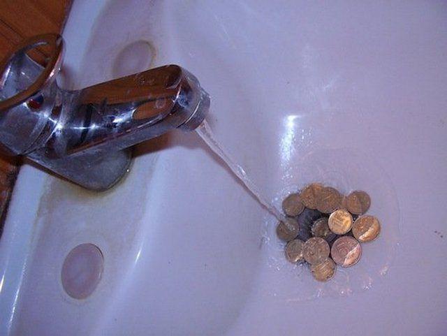 Установленные счетчики заметно дисциплинируют потребителей, заставляют рачительно использовать воду