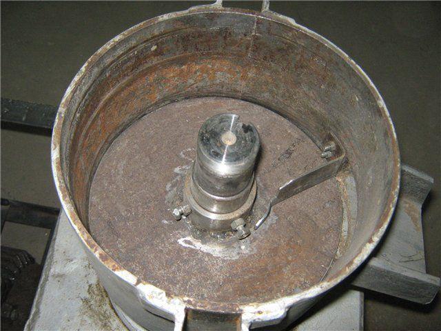 Нижняя часть корпуса с установленным редуктором
