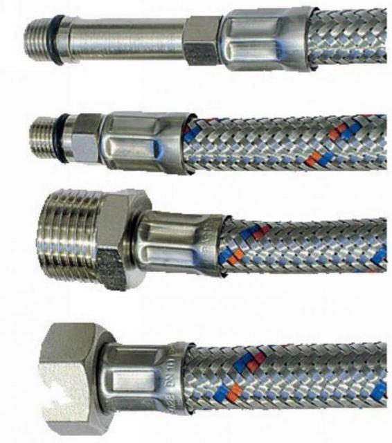 При выборе гибких шлангов обращают внимание на тип и диаметр резьбовой части