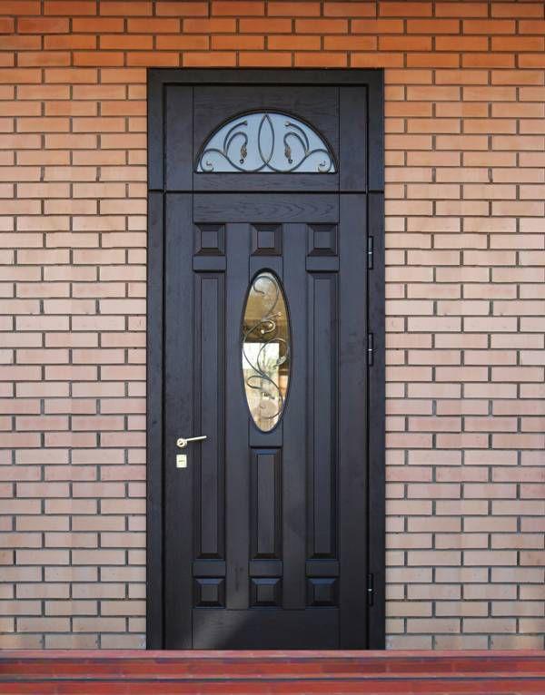 красивая металлический дверь