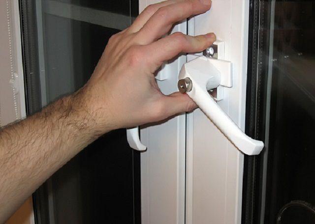 Ремонт пластиковых окон своими руками не открывается