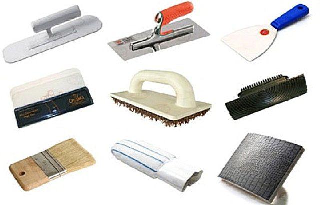 Инструменты для работы по технологии  рельефной штукатурки