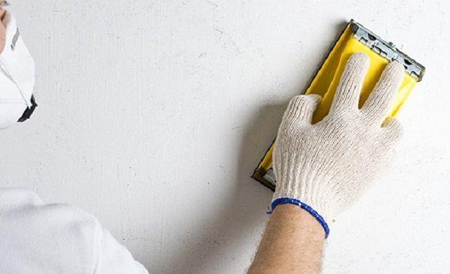 Чтобы краска хорошо легла, поверхность нуждается к тщательной подготовке