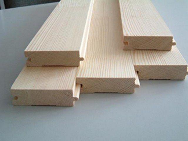 Для деревянного пола следует отбирать материал высокого качества