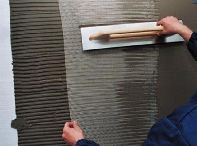 Армирование утепленной поверхности стены серпянкой и штукатурным (клеевым) раствором