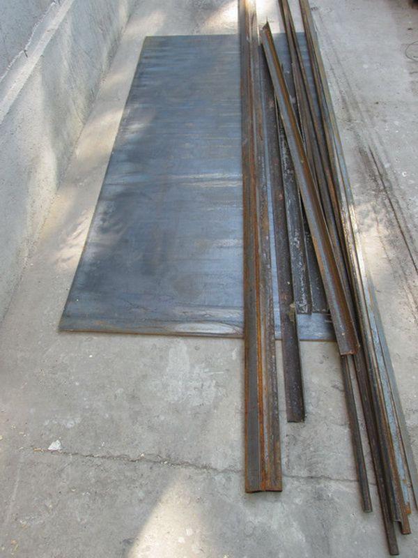 Уголки и стальной лист
