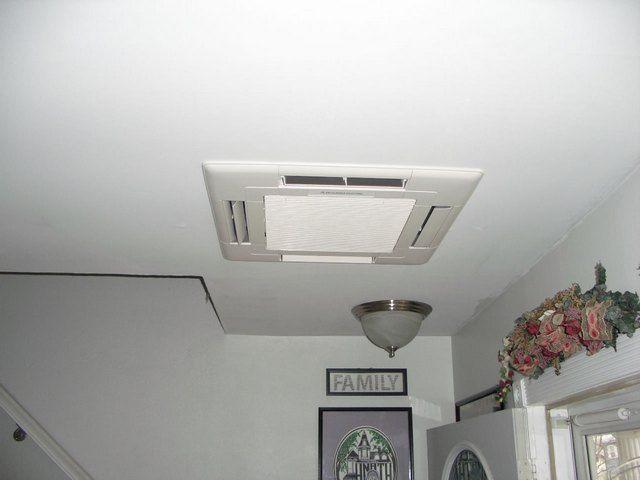 Кассетный блок очень удачно смотрится на потолке