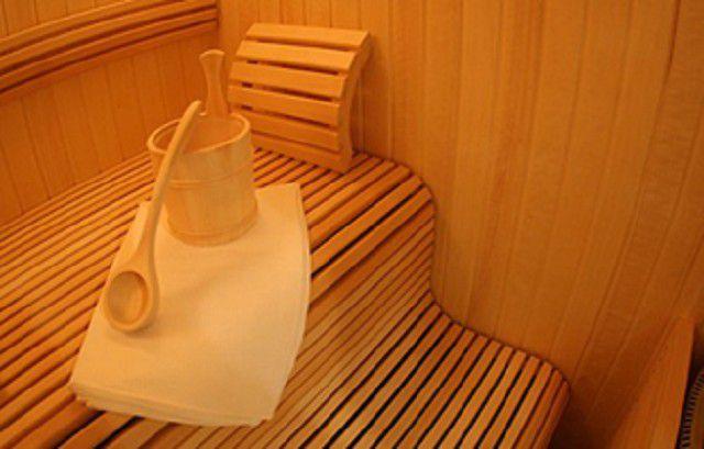 Окончательная отделка парилки предполагает включение фантазии хозяина бани