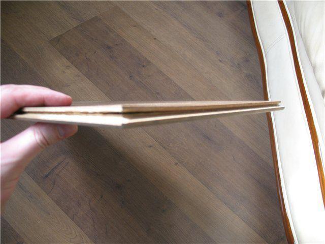 Расслоение панели некачественного ламината