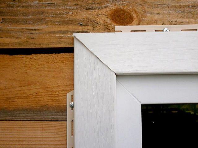 Отделка сайдингом окна деревянного дома своими руками видео