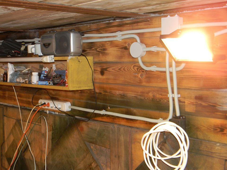 Проводка и освещение в гараже