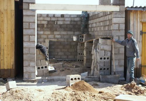 Строительство гаража из шлакоблока