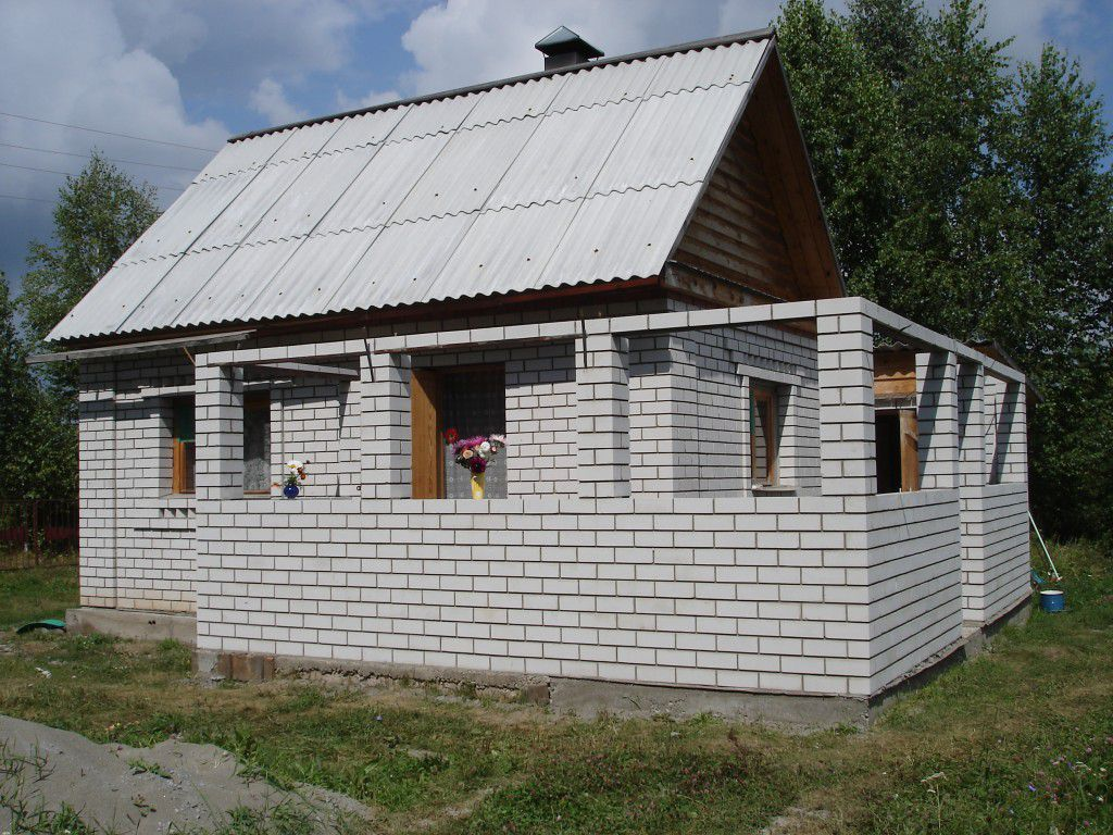 Как пристроить веранду к дому из блоков