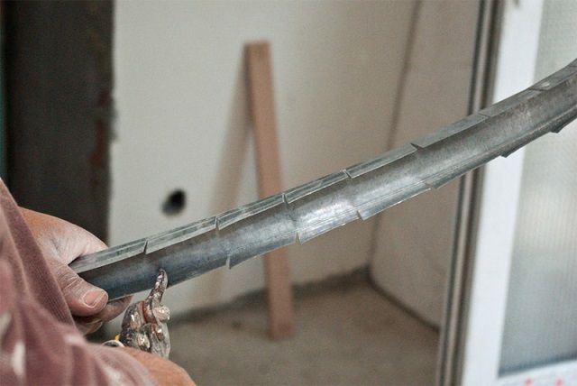 Подготовка металлического профиля к изгибу
