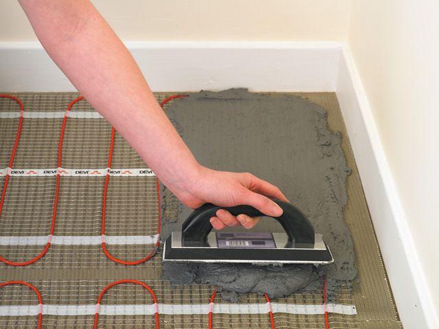 Керамическую плитку можно укладывать непосредственно на маты